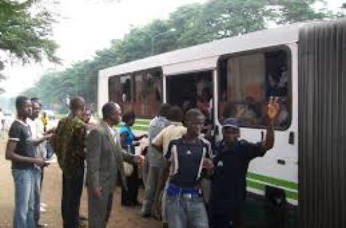Article : Abidjan: comment reconnaître un fraudeur de bus.gbès est mieux que dra