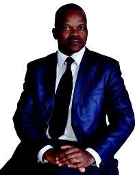 l'ex-ministre des sports Alain Lobognon
